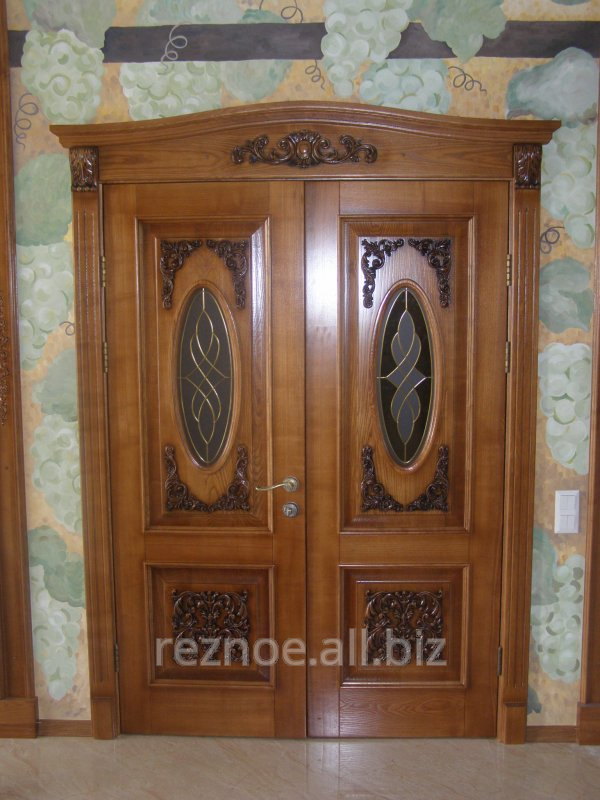 Elite doors from a natural tree with elements of woodcarving. & Elite doors from a natural tree with elements of woodcarving. buy in ...