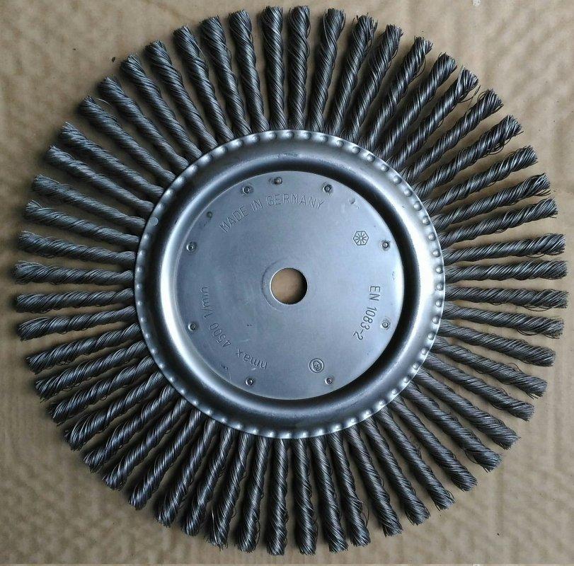 Купить Щетка металлическая Cedima для очистки швов