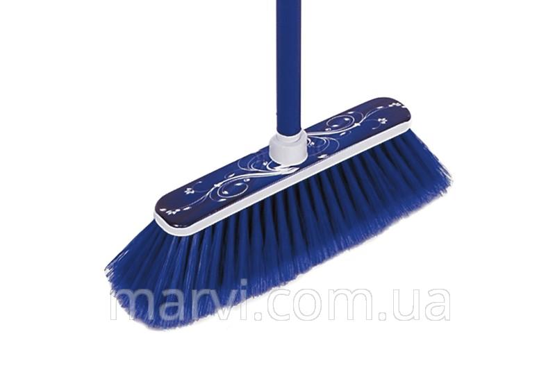 Щетка для уборки в помещении.