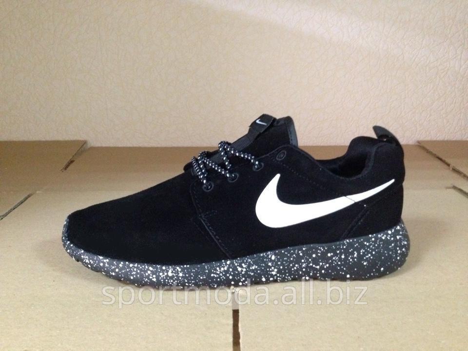 Nike Roshe Course Hiver Noir Ukrainiens