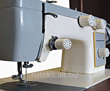 Швейная машинка Чайка 145 бывшая в употреблении