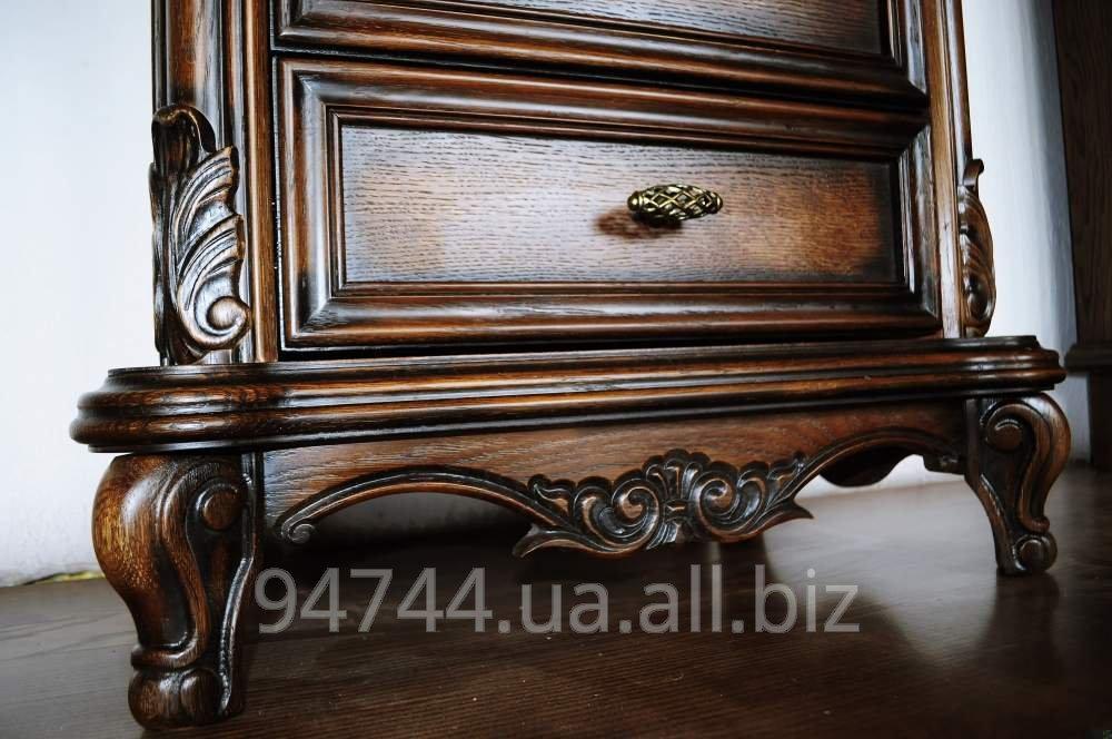 Купить Тумбочки деревянные, 2 штуки- стоимость 8000 гривен.
