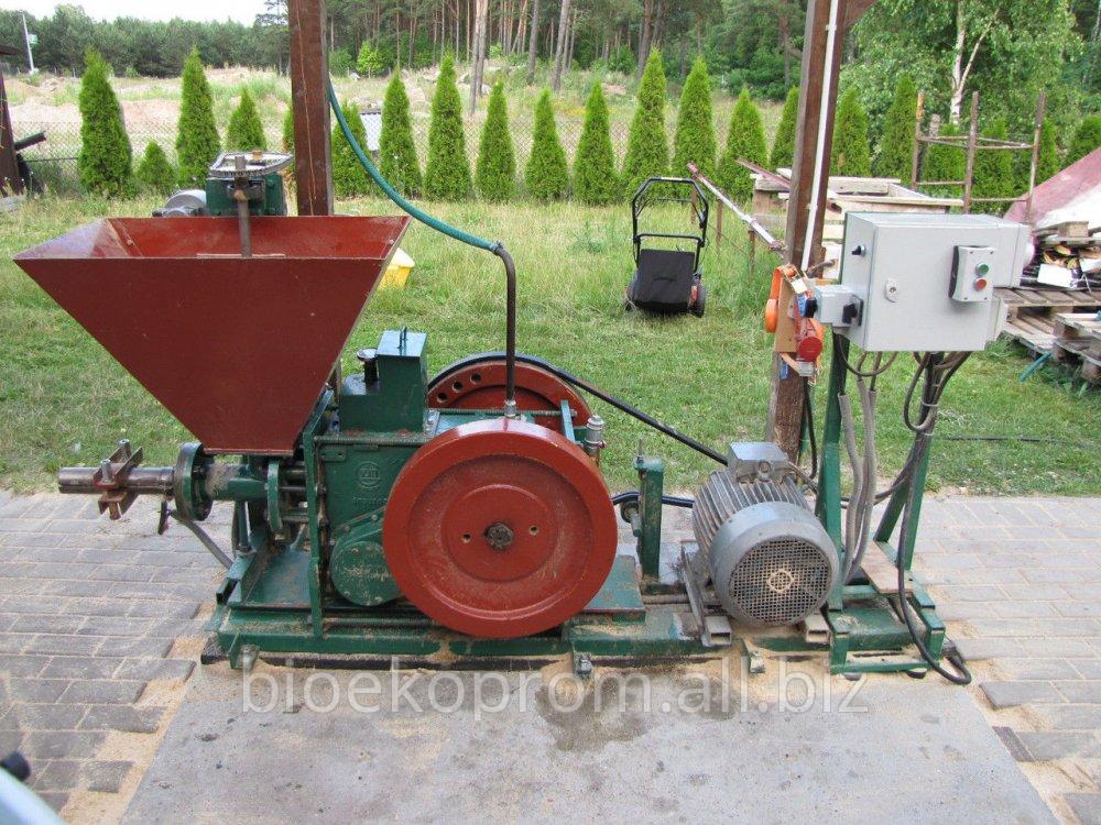 Пресс для производства брикетов из торфа