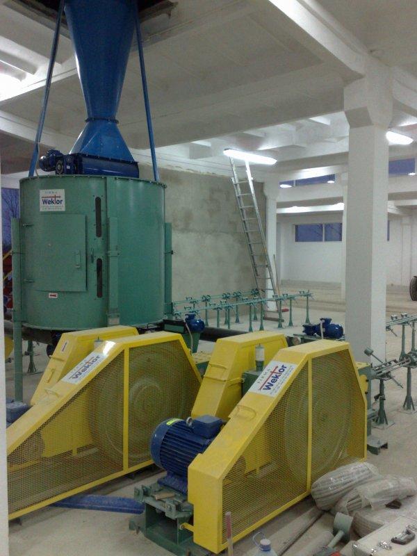 Пресс для брикетов Wektor. Оборудование для производства брикетов.