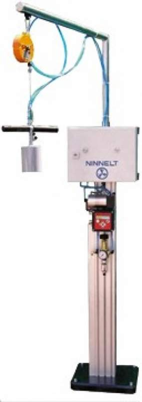 Полуавтоматическая установка проверки герметичности баллонов