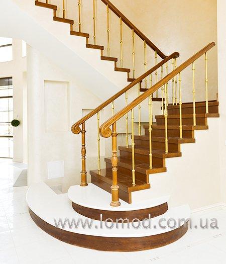 Лестница деревянная. Модель Золотая Венеция.