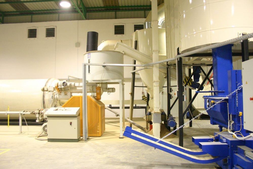 Линия брикетирования 800-1100  кг/ч RUF