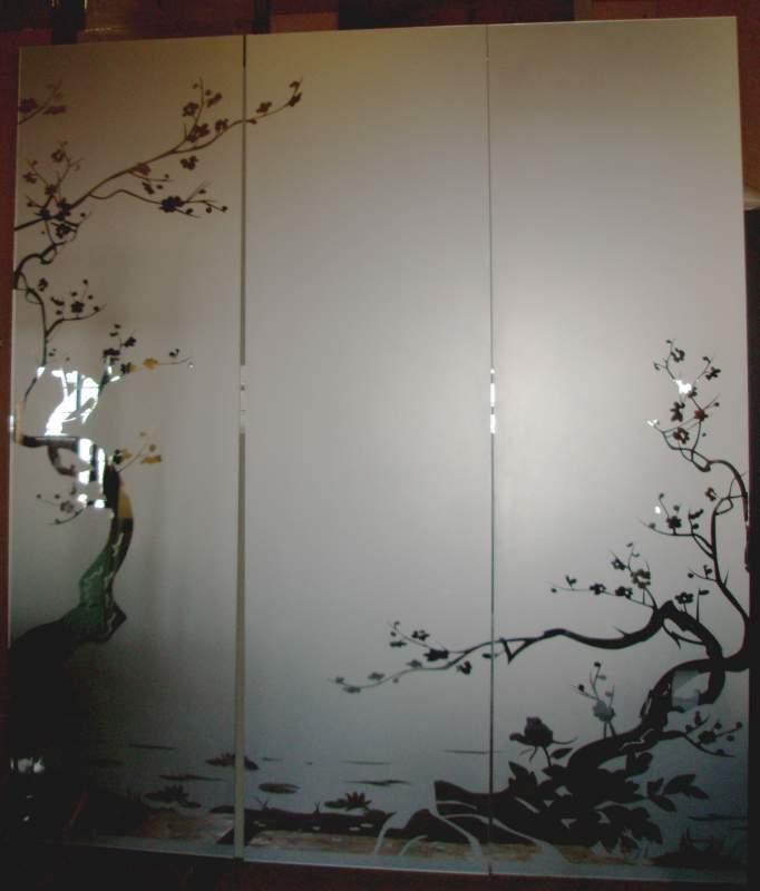 рисунки на зеркалах шкафов купе: