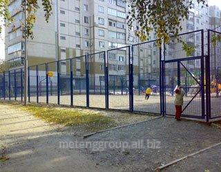 Купить Забор из металлической сетки в уголке (уголок 40х40х3 и сетка 50х50х5) 2х1.5м.