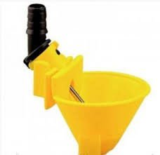Микрочашечная поилка со штоком, МК-3 желтая