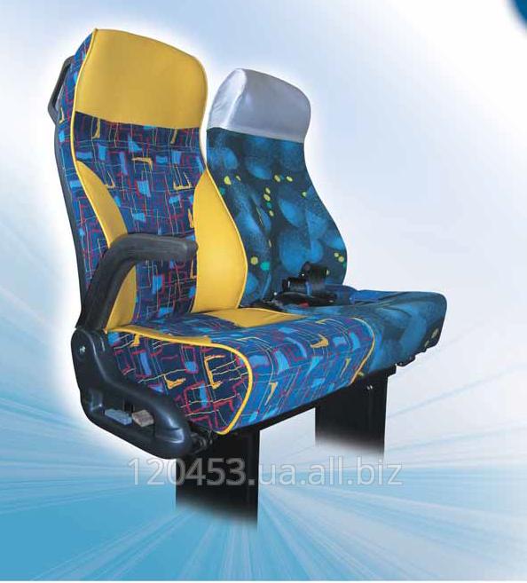 El asiento del confort СТР-3 subid