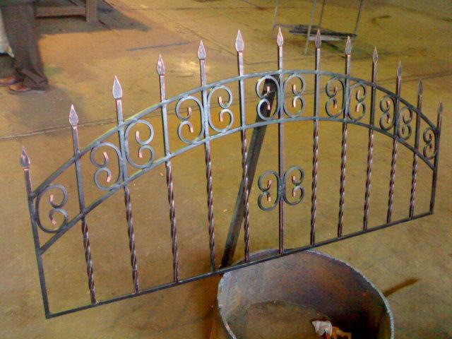 Купить Решетки кованые, ограждения, навесы, заборы, ворота и прочее