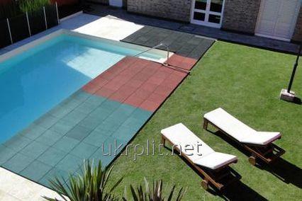 Резиновая плитка для укладки  вокруг бассейна