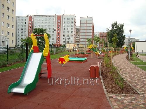 Гипоаллергенное покрытие для детской площадки