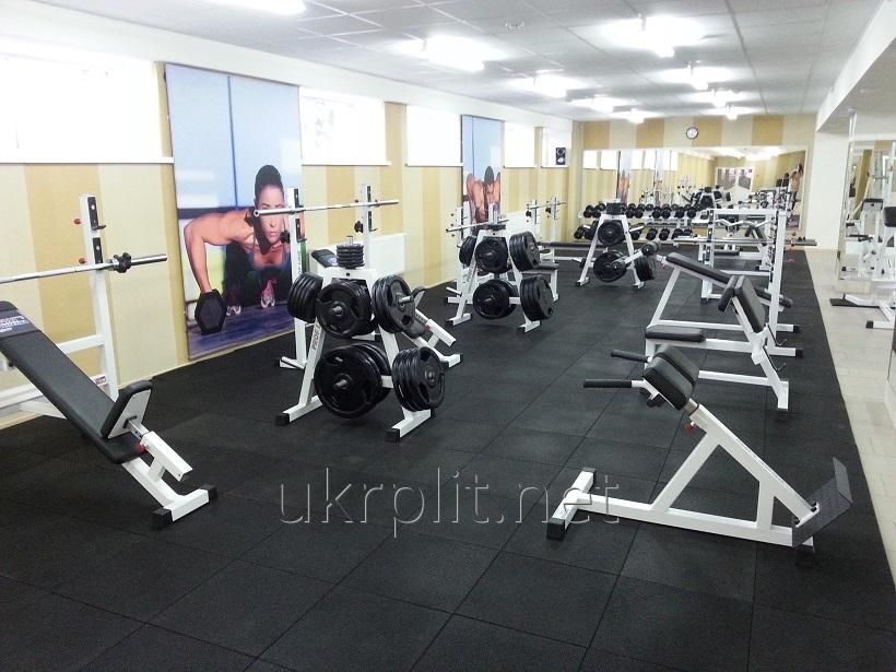 Травмобезпасная резиновая плитка для тренажерных и спортивных залов