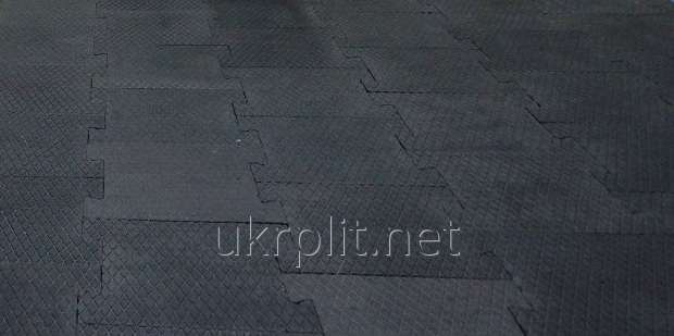 Резиновая плитка под штангу в спортзал