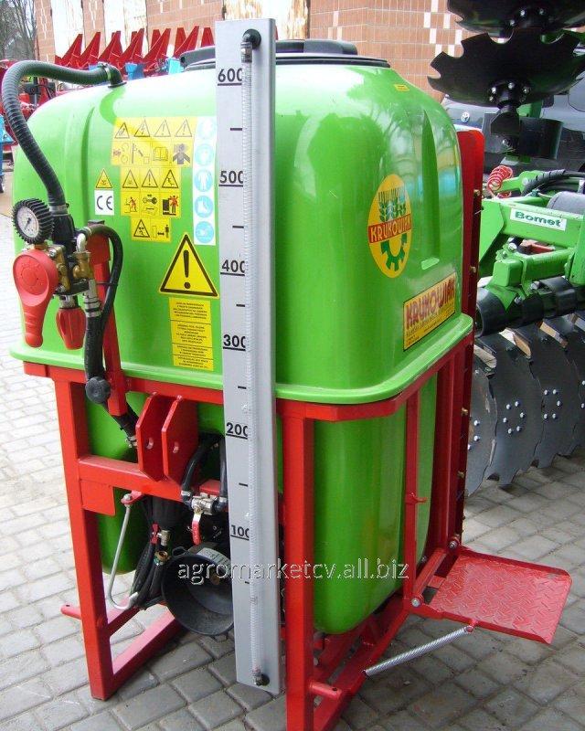 Купить Обприскувач Tajfun 600 л (колона). садовый опрыскиватель на 400-2000 литров