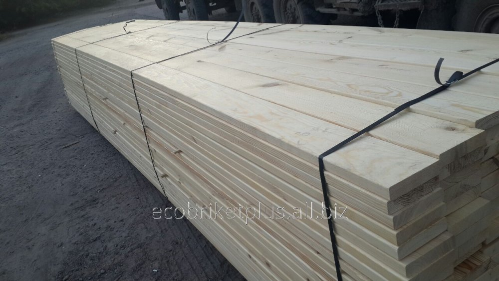 Buy Edged board from pine for export from Ukraine to Europe