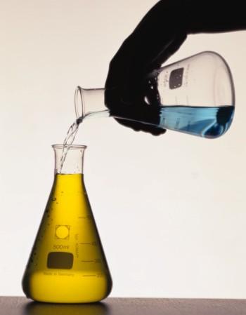 Необработанные синтетические смолы Отвердители (катализаторы)