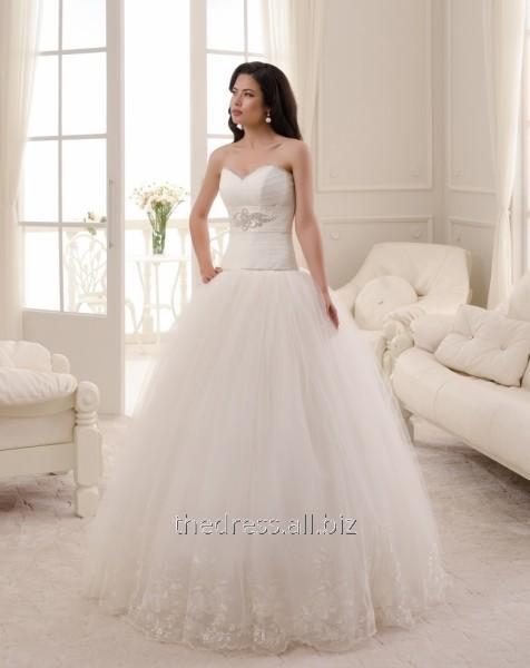 Купить Свадебное платье с пышной юбкой и заниженной талией, код: 134