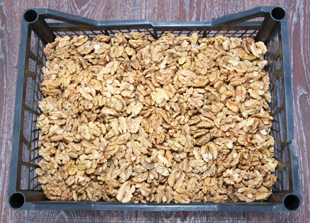 Грецкий орех светлый микс 30% 1\2