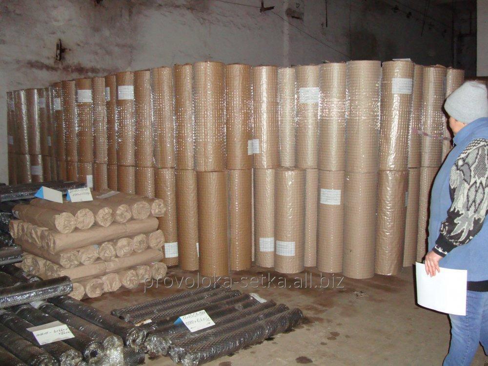 Galvanizli kaynaklı hasır TM Kazachka 50x50x2.0 mm (130 g / m2'ye kadar çinko)
