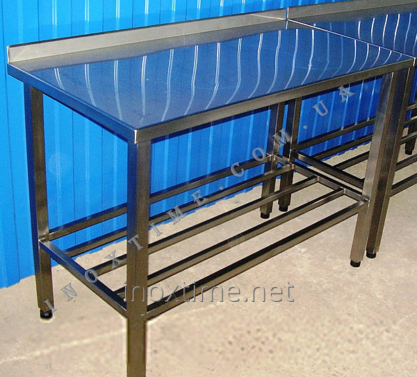 Table production of stainless steel