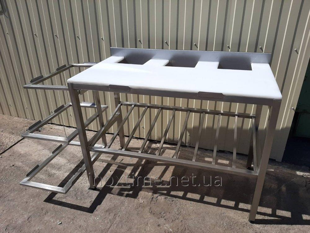 Table zhilovochny of a stainless steel