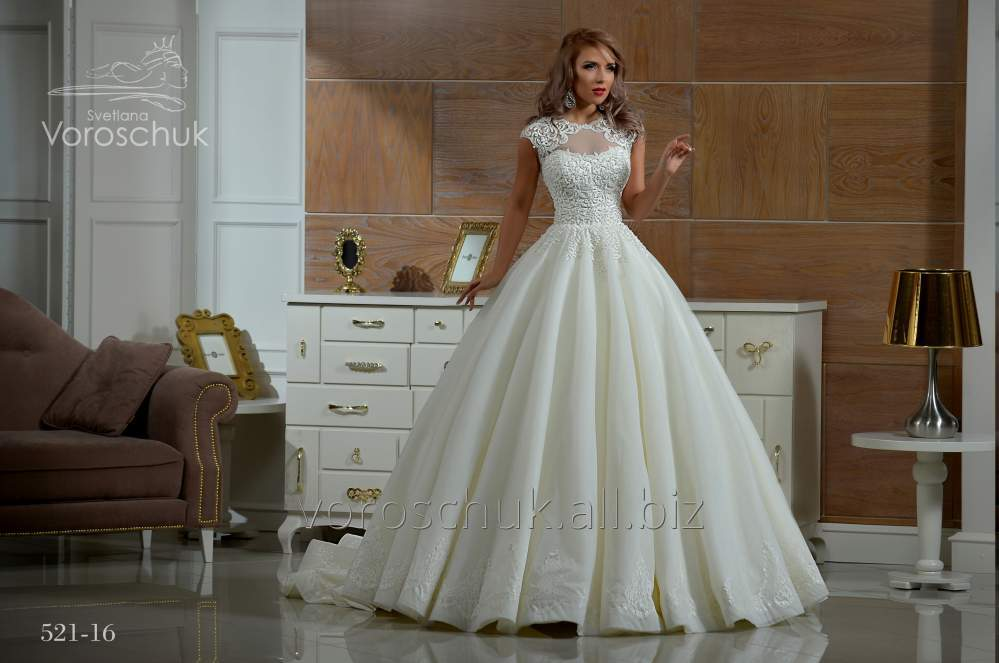 Wedding dress, model 521