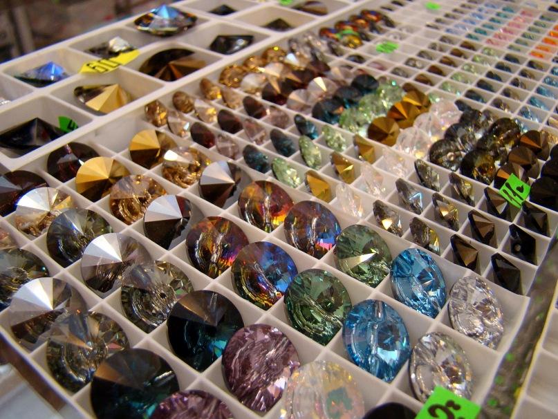 Купить камни для одежды