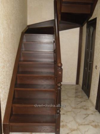 Купить Разные лестницы в дом из дерева