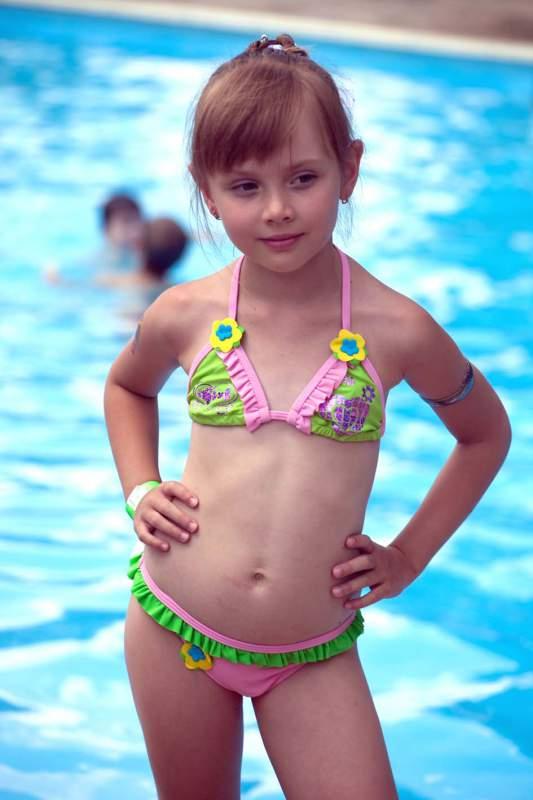 Купальники для дівчинок купити в Дніпро 983e47f139e76