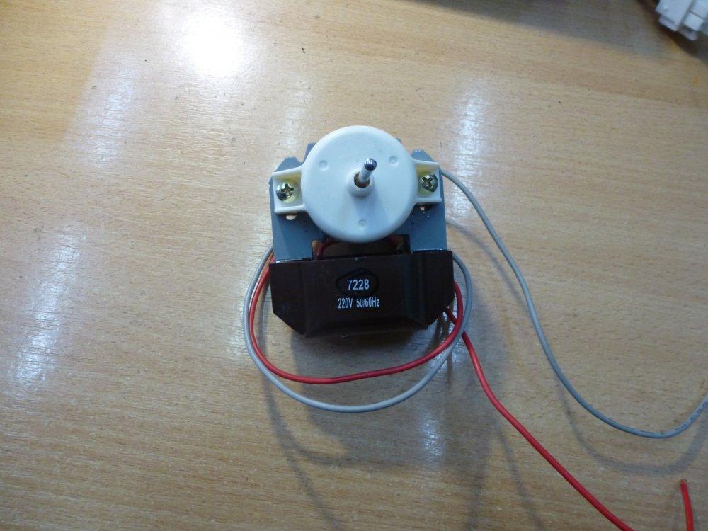Купить Вентилятор обдува SC 7228 аналог 2261, коричнев. Вал 40mm/3,2mm, Возможность менять полюсность, код 281283659