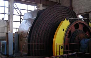Mine hoist engines bicylinder