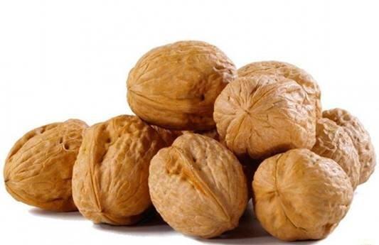 Грецкий орех целый