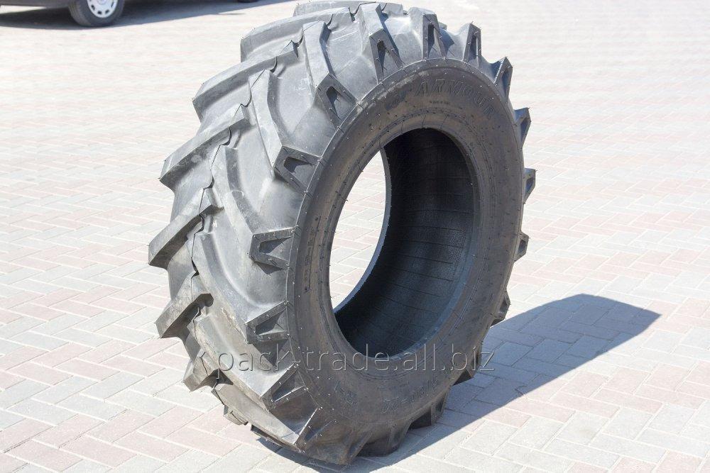 Comprar El neumático 15.5/80-24/16 Armour (el abeto)