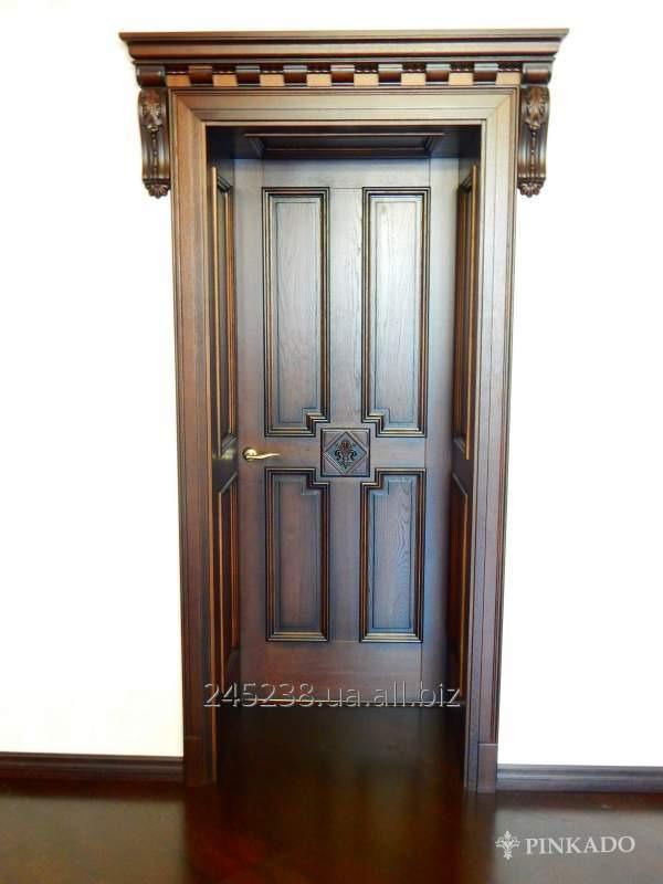 Деревянные двери в квартиру