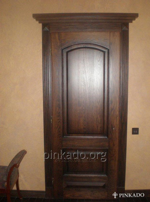 Дверь между комнатами
