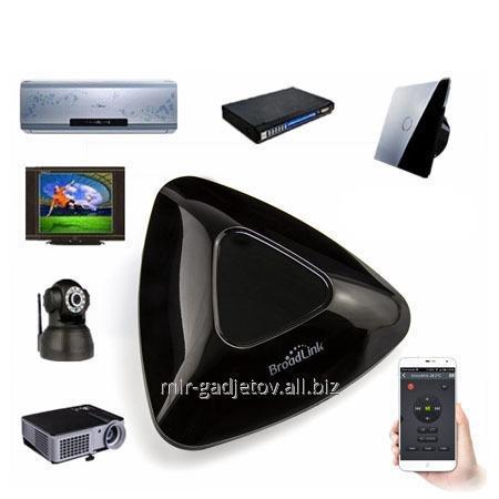 Broadlink RM-PRO - система удалённого управления умным домом - беспроводный WiFi/ИК/радиопульт дистанционного управления электротехникой для Iphone/Android смартфонов. Код товара - 01905