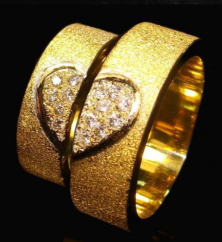 Купить Бижутерия эксклюзивная (Рубежное), эксклюзивная бижутерия оптом, ювелирные изделия ручной работы, магазин ювелирных изделий, ювелирные изделия цены, ювелирные изделия из золота.
