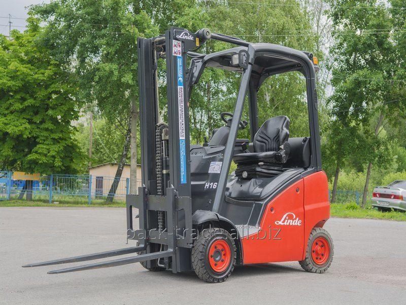 Buy Fork loader of Linde H16T