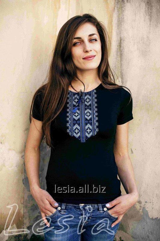 Жіноча футболка з вишивкою Гуцулка синя код 1110035