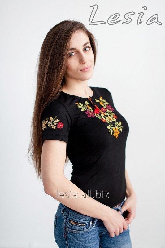 Жіноча футболка з вишивкою Золота осінь код 1111072
