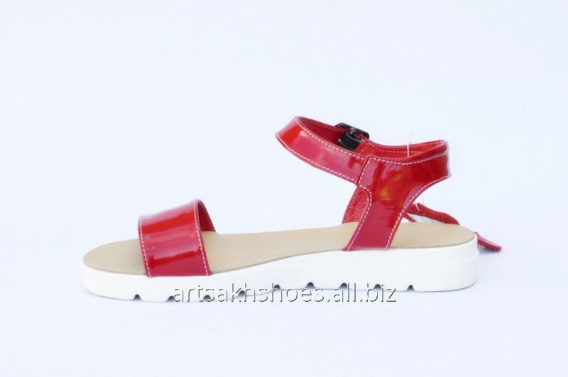 Женские красные сандали С115