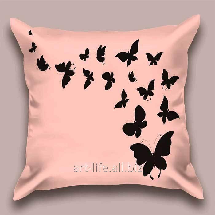 Дизайнерская декоративная подушка Пурпурный полет бабочек, арт. 1Pd-10-50х50_а