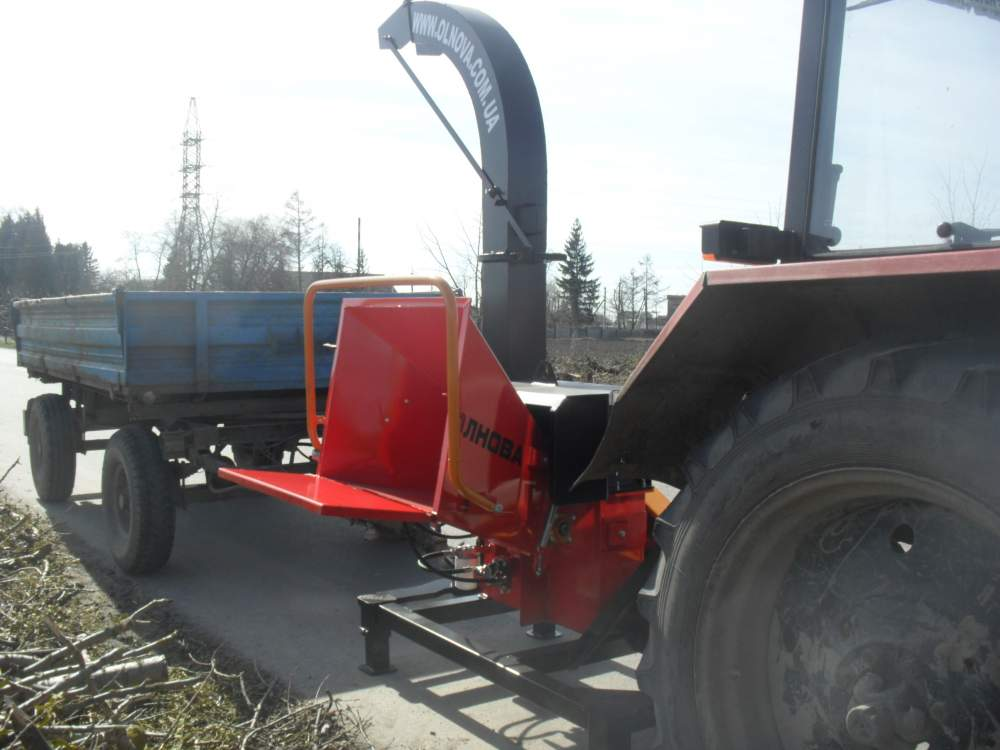 Derevoizmelchayushchy machine DP660T (tree crusher), shchepodrobilka, machine wood-fragmenting