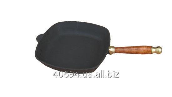 Сковорода квадратная 26*26 см с деревянной ручкой