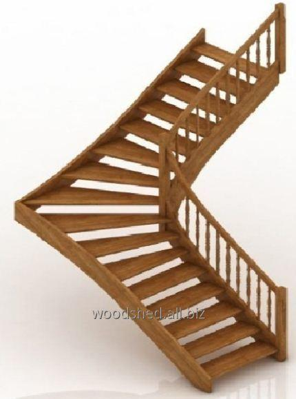 Лестница на деревянном каркасе забег 90°