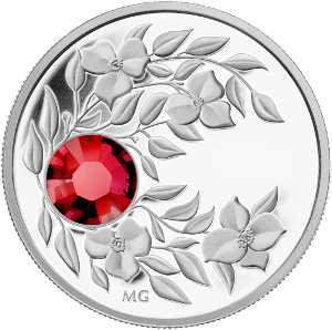 Серебряная монета с кристаллом Рубин