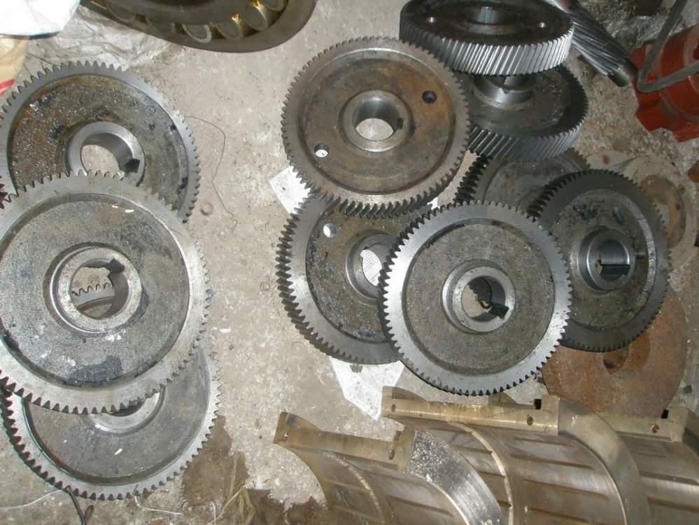 Валы-шестерни цилиндрические, колеса зубчатые, шестерни